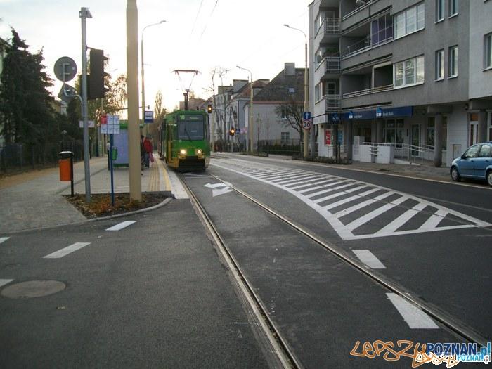 Winogrady - zaczarowana ulica :)  Foto: