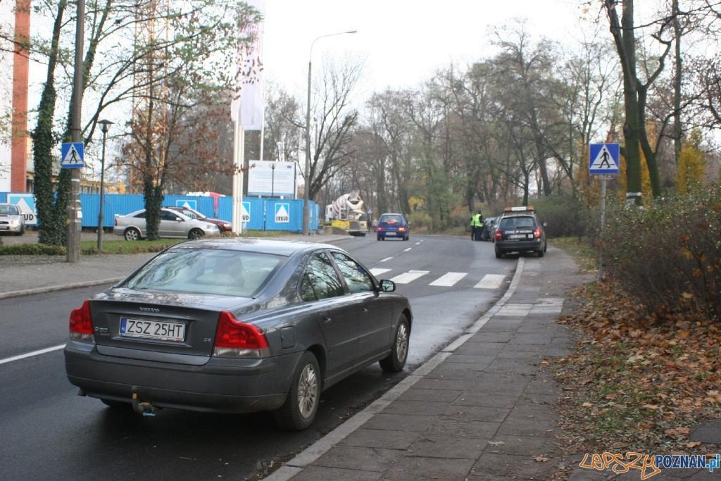 Parkowanie na ulicy Kutrzeby  Foto: Paweł Rychter