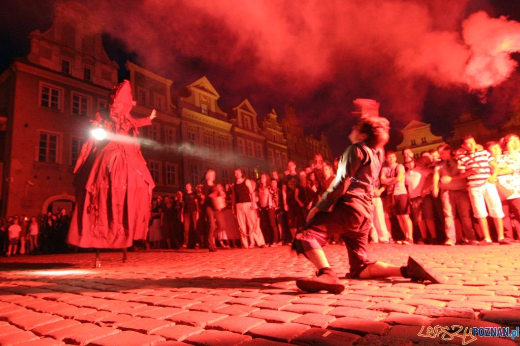 Festiwal Malta - dzień czwarty 28.06.2010 r. - PERIPLUM - Arquiem  Foto: Piotr Rychter
