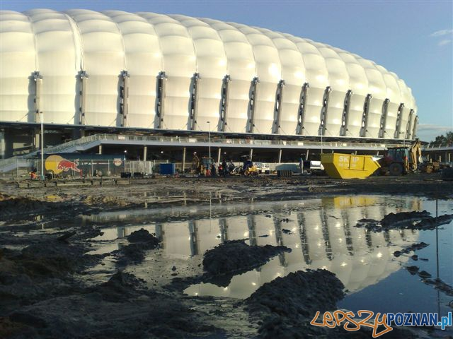 """""""Stadion w budowie"""" 29.09.2010  Foto: Jarek"""