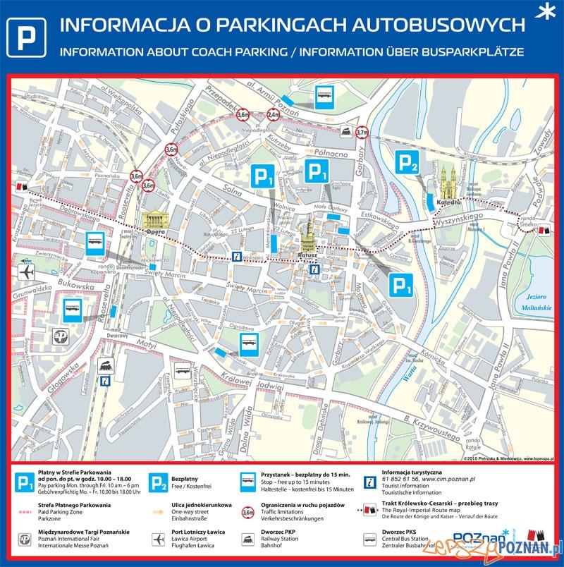 Tablica z zaznaczonymi parkingami dla autokarów turystycznych  Foto: UMP
