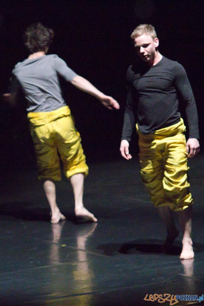 """IV Festiwal Atelier Polskiego Teatru Tańca - """"Secondhand"""" chor. Paweł Malicki  Foto: lepszyPOZNAN.pl / Piotr Rychter"""