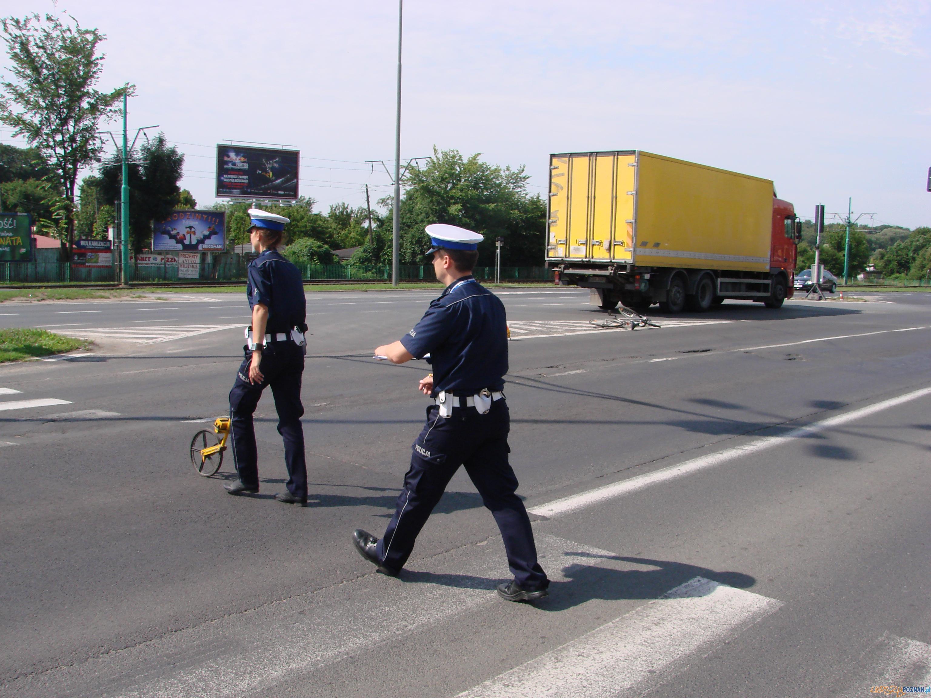 Rowerzystka potrącona na Warszawskiej  Foto: lepszyPOZNAN.pl / ag