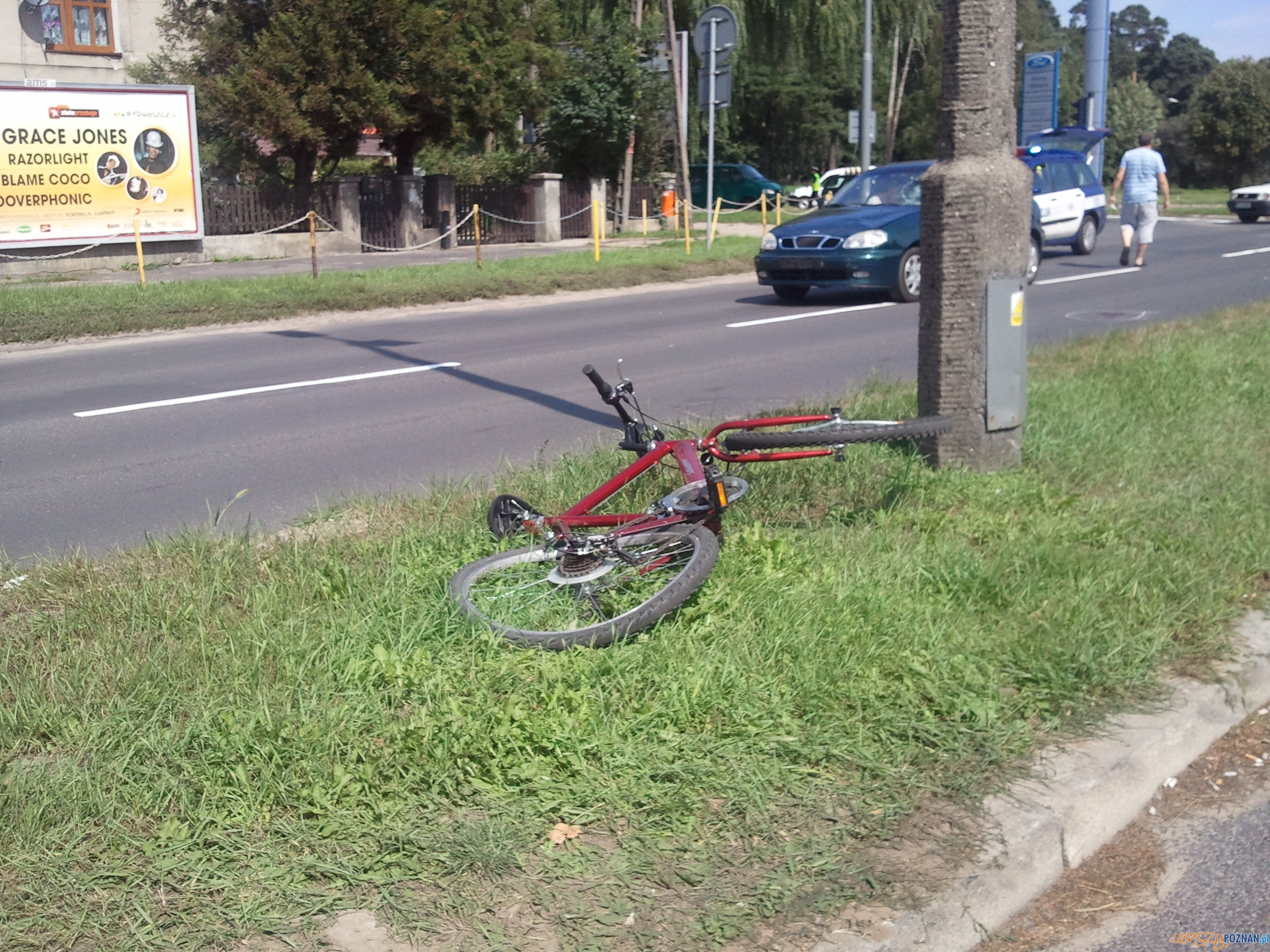 Potrącenie rowerzysty na ulicy Warszawskiej  Foto: lepszyPOZNAN.pl / gsm