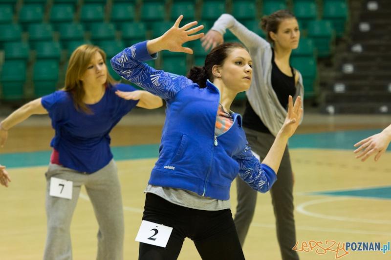Rekrutacja uczestników ceremonii przedmeczowych  Foto: lepszyPOZNAN.pl / Piotr Rychter