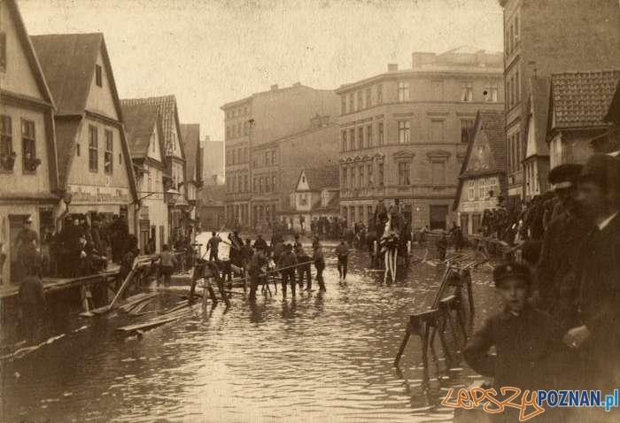 Powódź na Chwaliszewie w 1888 roku  Foto: