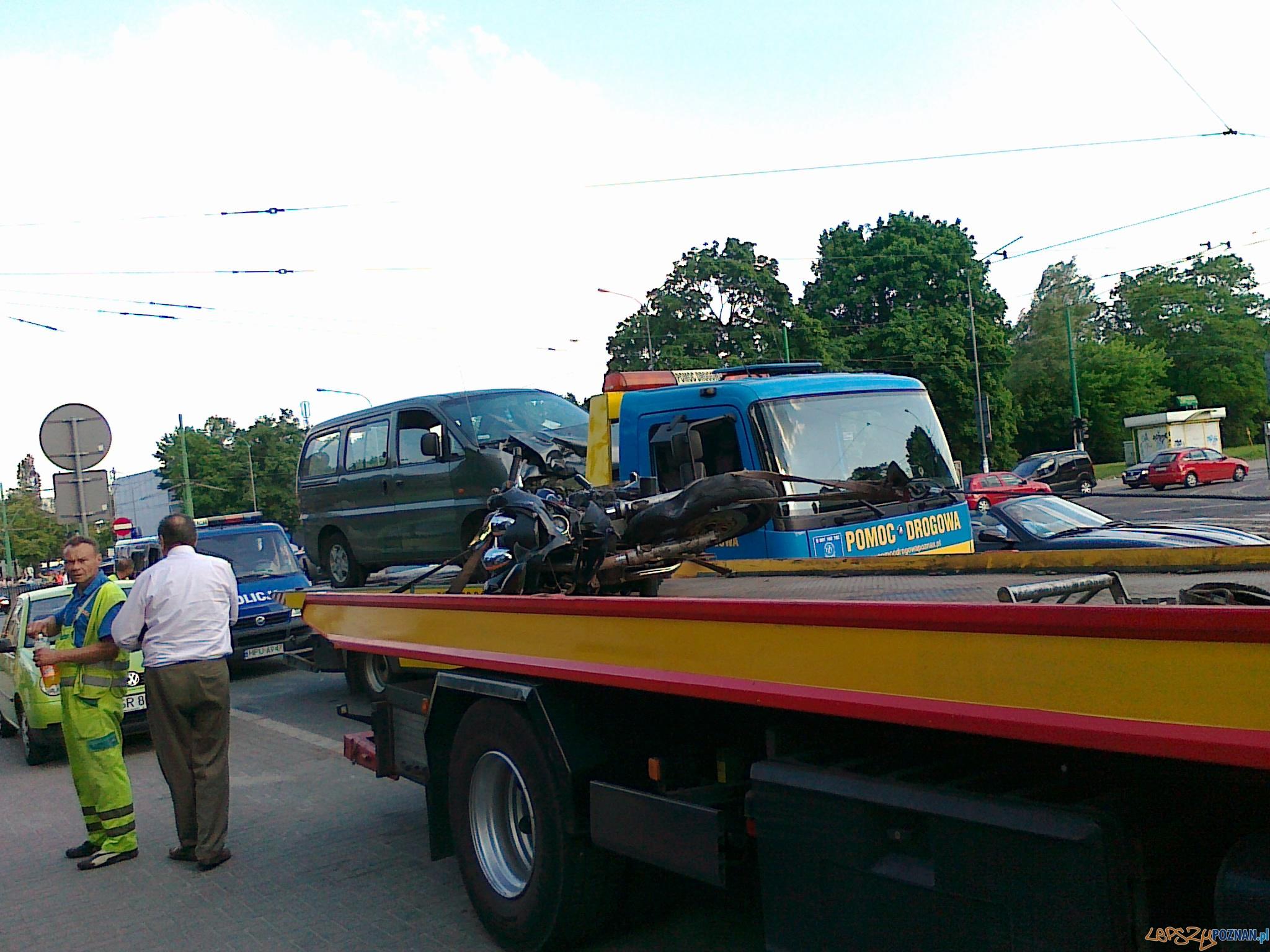 Wypadek na Królowej Jadwigi  Foto: gsm