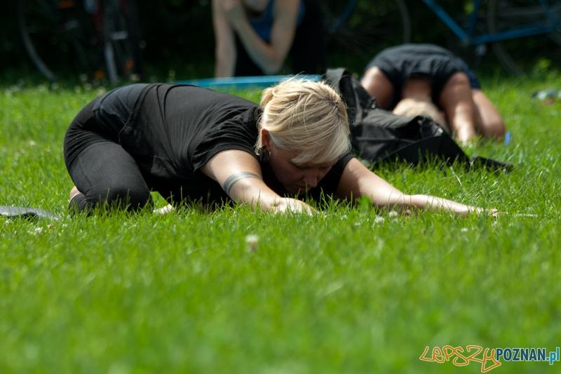 Joga na 50+ w parku Cytadela  Foto: Ewelina Gutowska