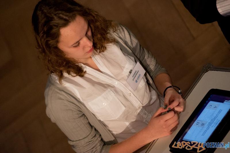 """Gala finałowa projektu """"eSzkoła - Moja Wielkopolska"""" - 29.10.2012 r.  Foto: LepszyPOZNAN.pl / Paweł Rychter"""