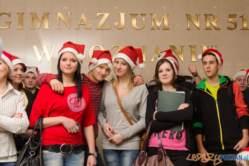 Mikołajki w Gimnazjum nr 51 w Poznaniu  Foto: lepszyPOZNAN.pl / Piotr Rychter