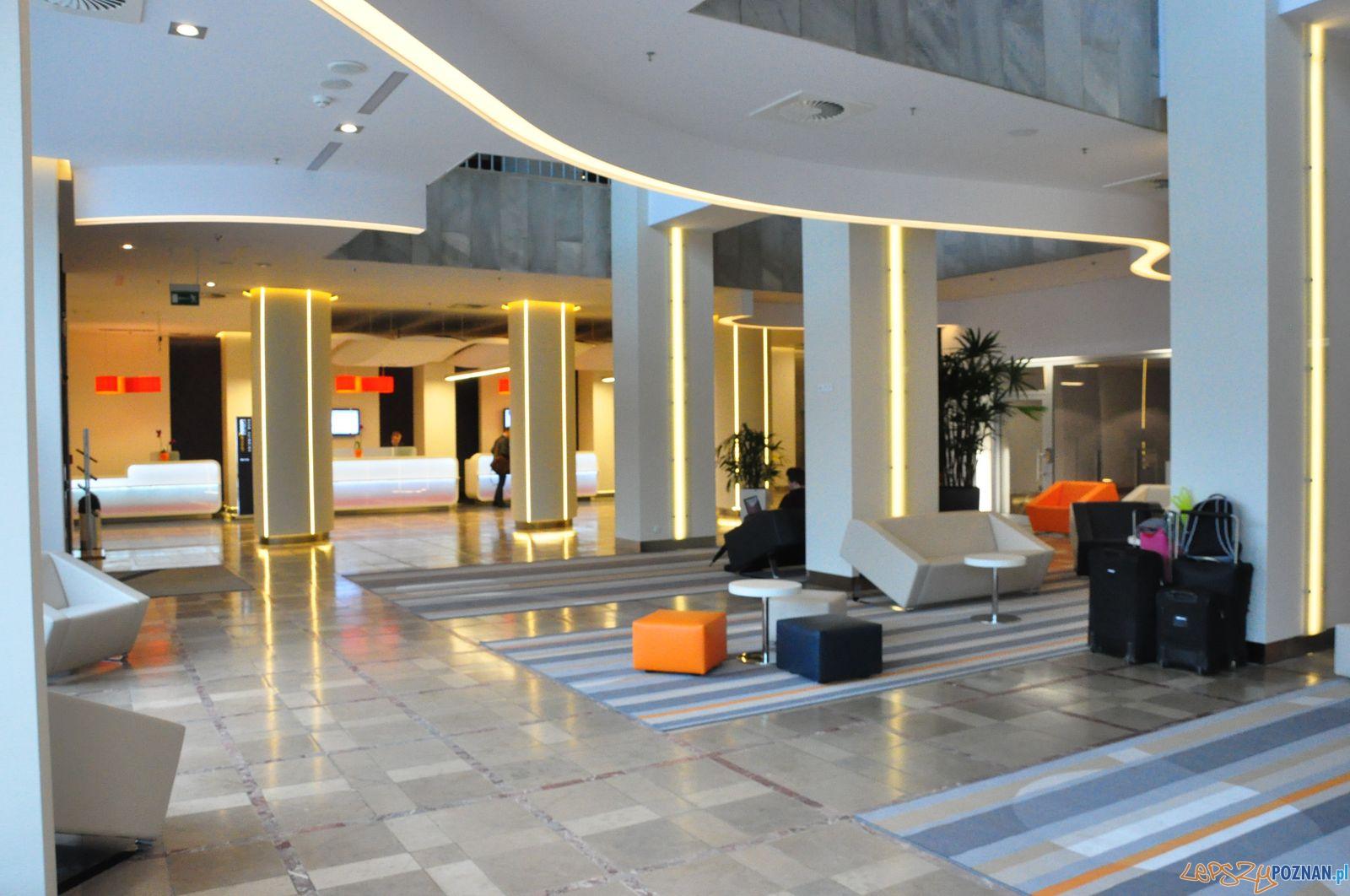 Lobby w Novotel Poznań Centrum  Foto: