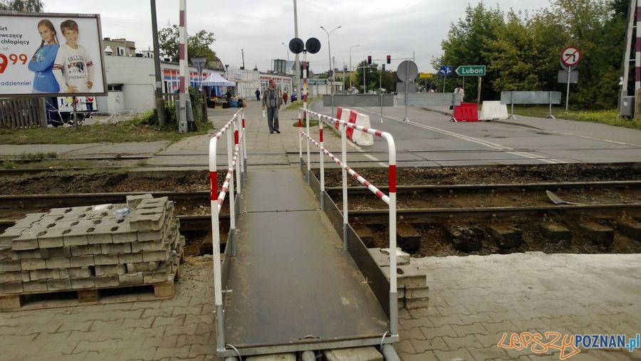 Zamknięty przejazd kolejowy na Dębcu (6)  Foto: TD