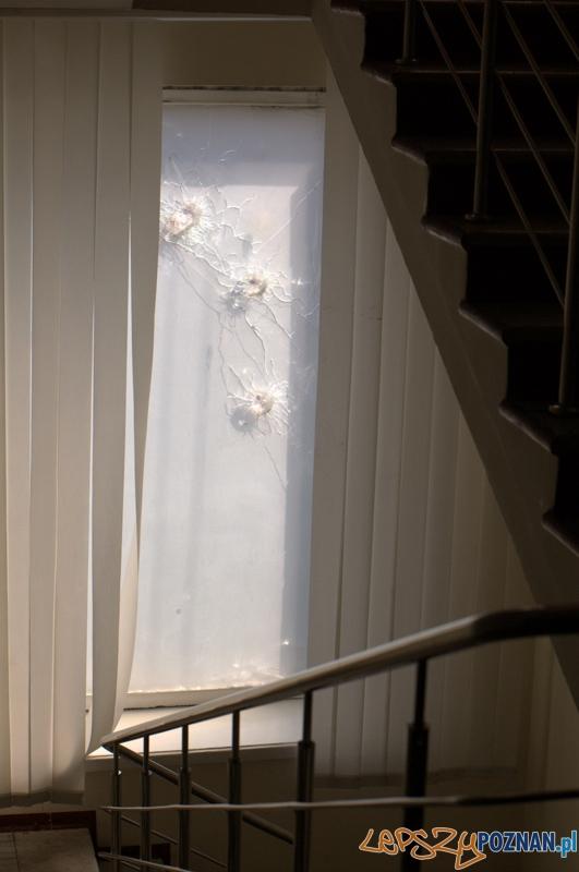 Hotel Ukraina – Na klatce schodowej Hotelu Ukraina można jeszcze znaleźć ślady walk. Tu znajdował się jeden z licznych szpitali polowych.  Foto: lepszyPOZNAN.pl / Mathias Mezler