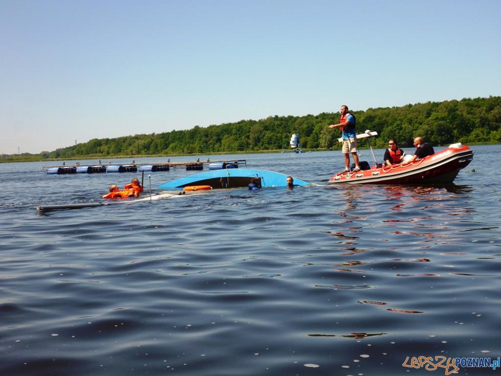 Szkolenie ratownictwa jachtowego - jezioro swarzędzkie  Foto: Sea Adventure