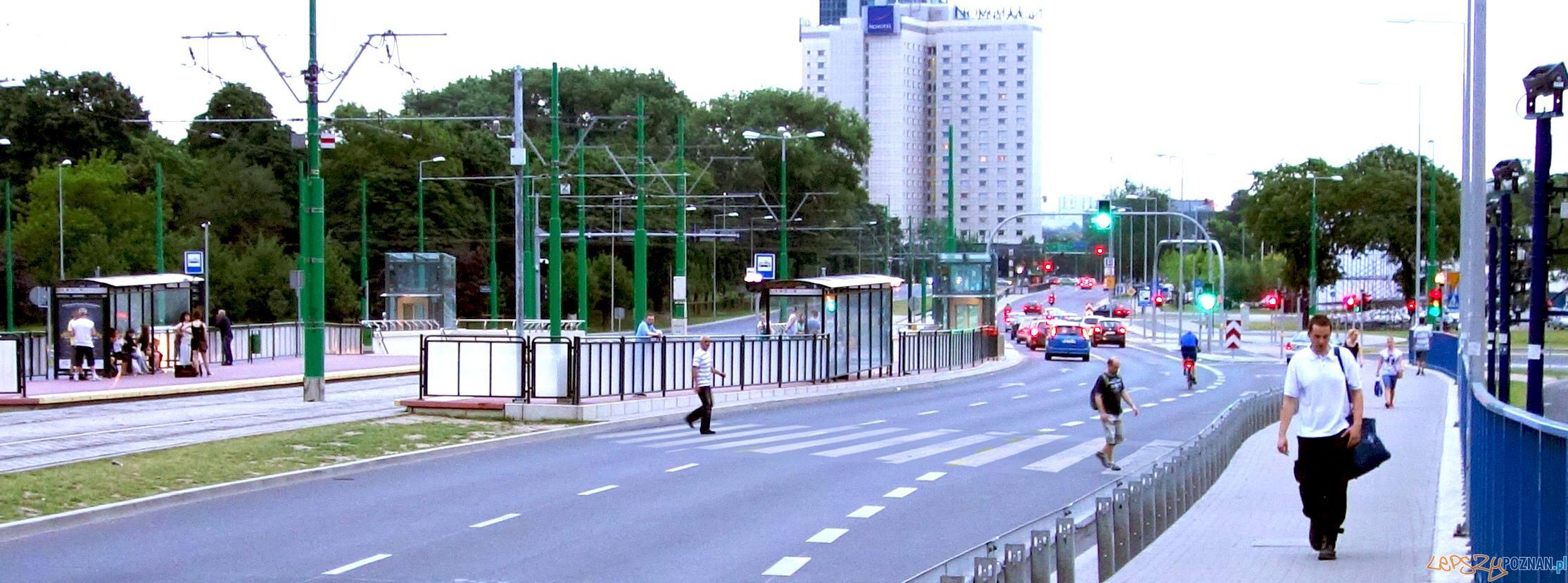 Najkrótsza droga na dworzec  Foto: facebook / Prawo do Miasta