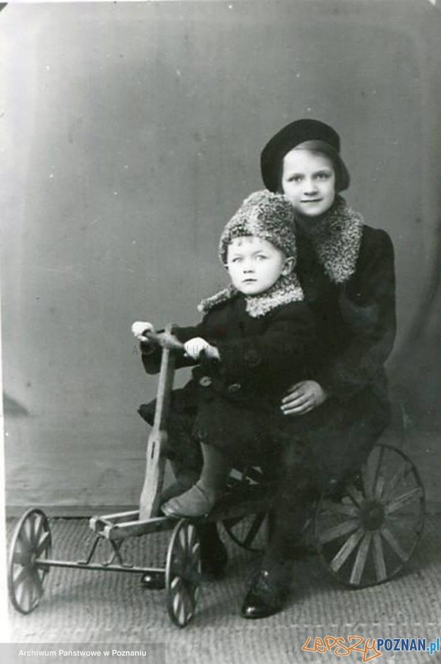 Fotografia rodzinna z Archiwum Państwowego w Poznaniu  Foto: Archiwum Państwowe