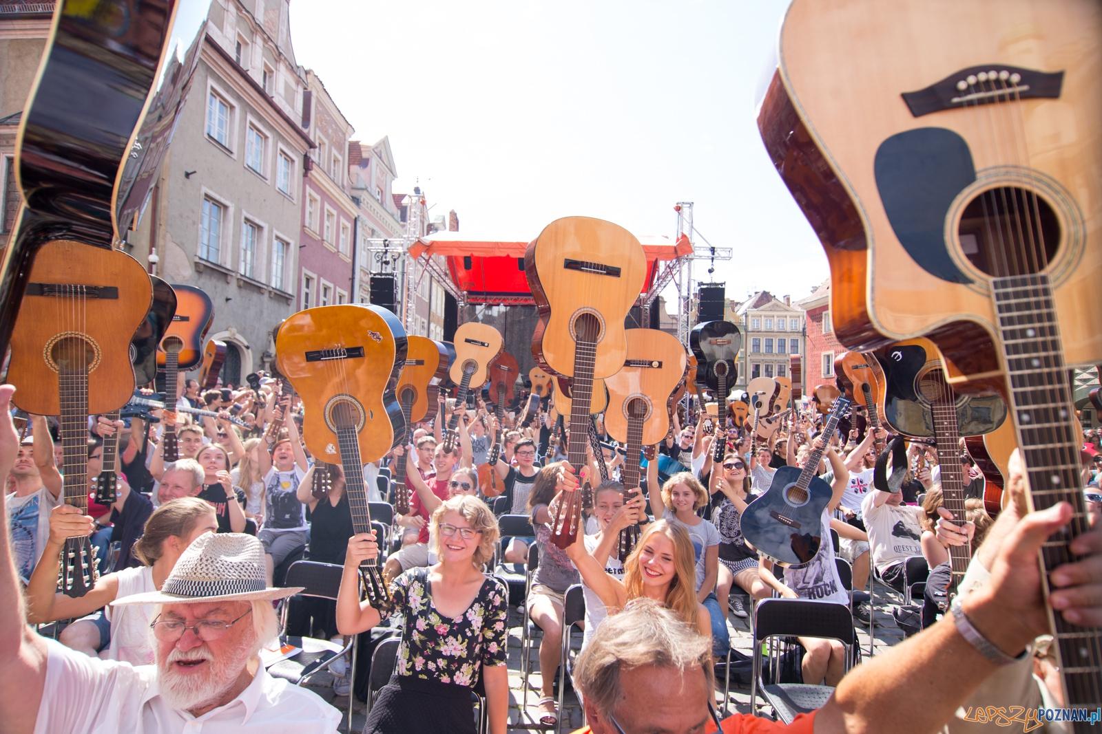 VIII Happening Gitarowy - Stary Rynek  Foto: lepszyPOZNAN.pl / Piotr Rychter