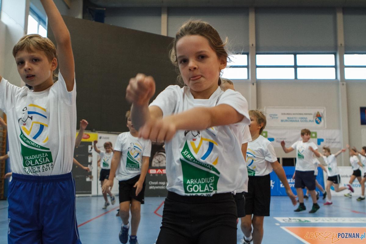 XI memoriał Arkadiusza Gołasia - trening z dziećmi - Murowana  Foto: LepszyPOZNAN.pl / Paweł Rychter