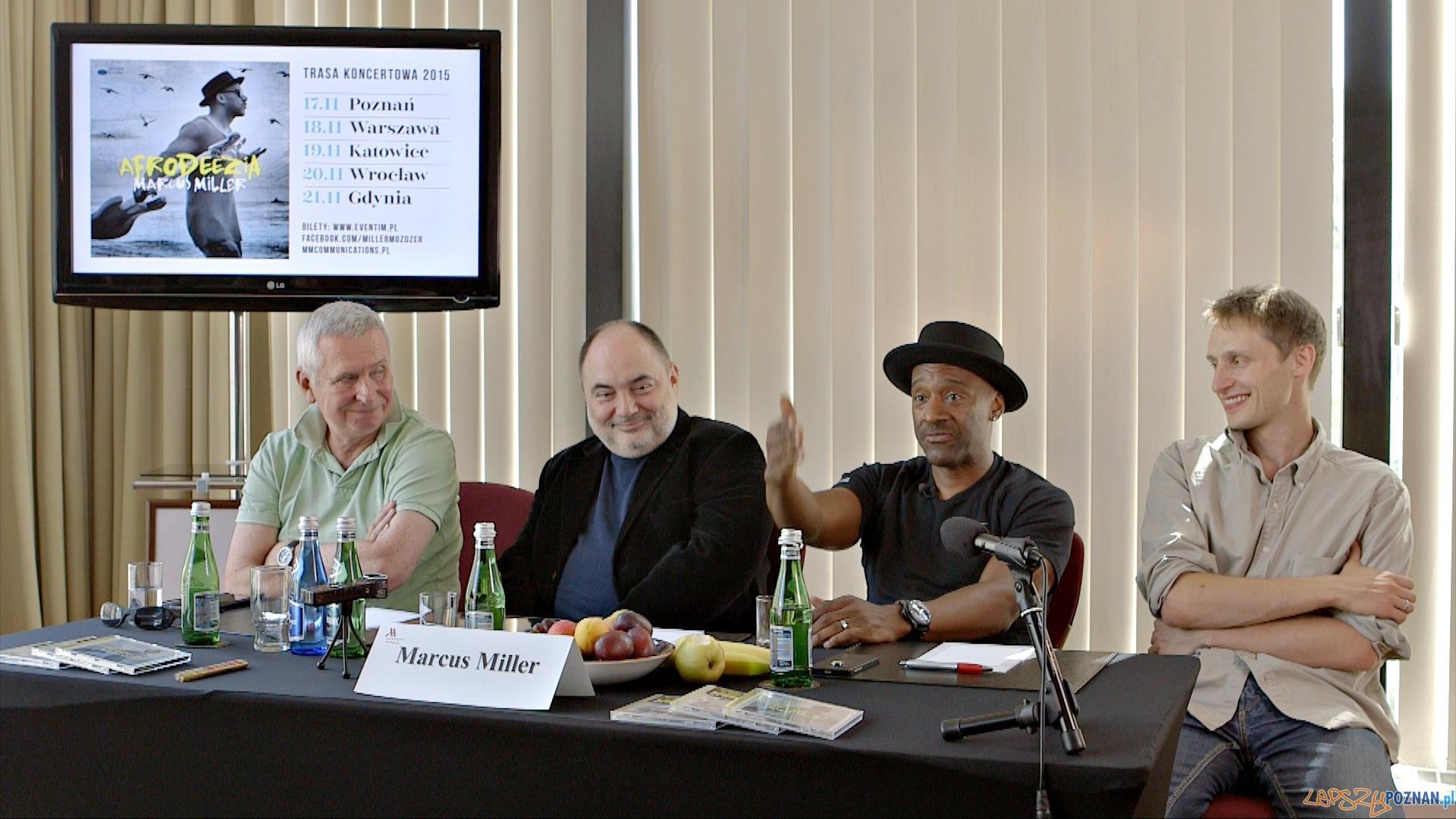 Od lewej Krzysztof Materna, Piotr Rzeczycki (Universal Music Polska), Marcus Miller, Mateusz Pohoryles (MM Communications)  Foto: https://www.facebook.com/MillerMozdzer/