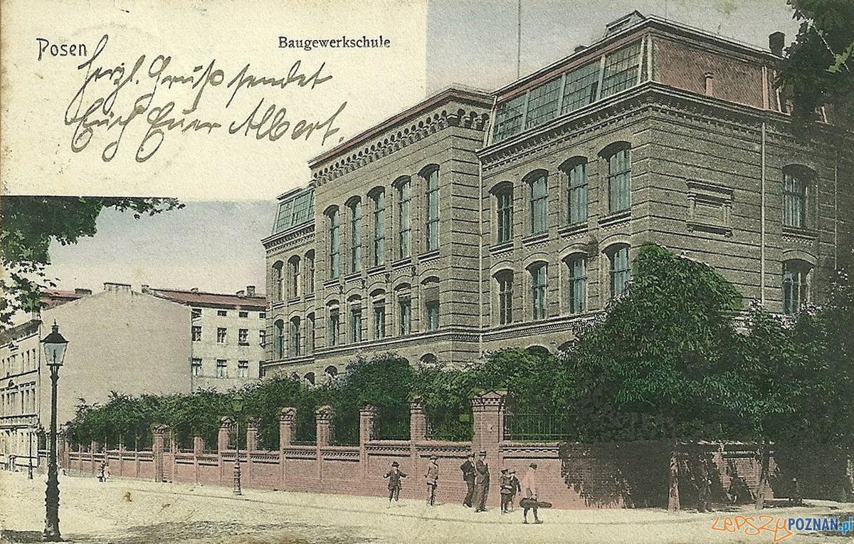 Rybaki 1906 - budynek szkolny  Foto: