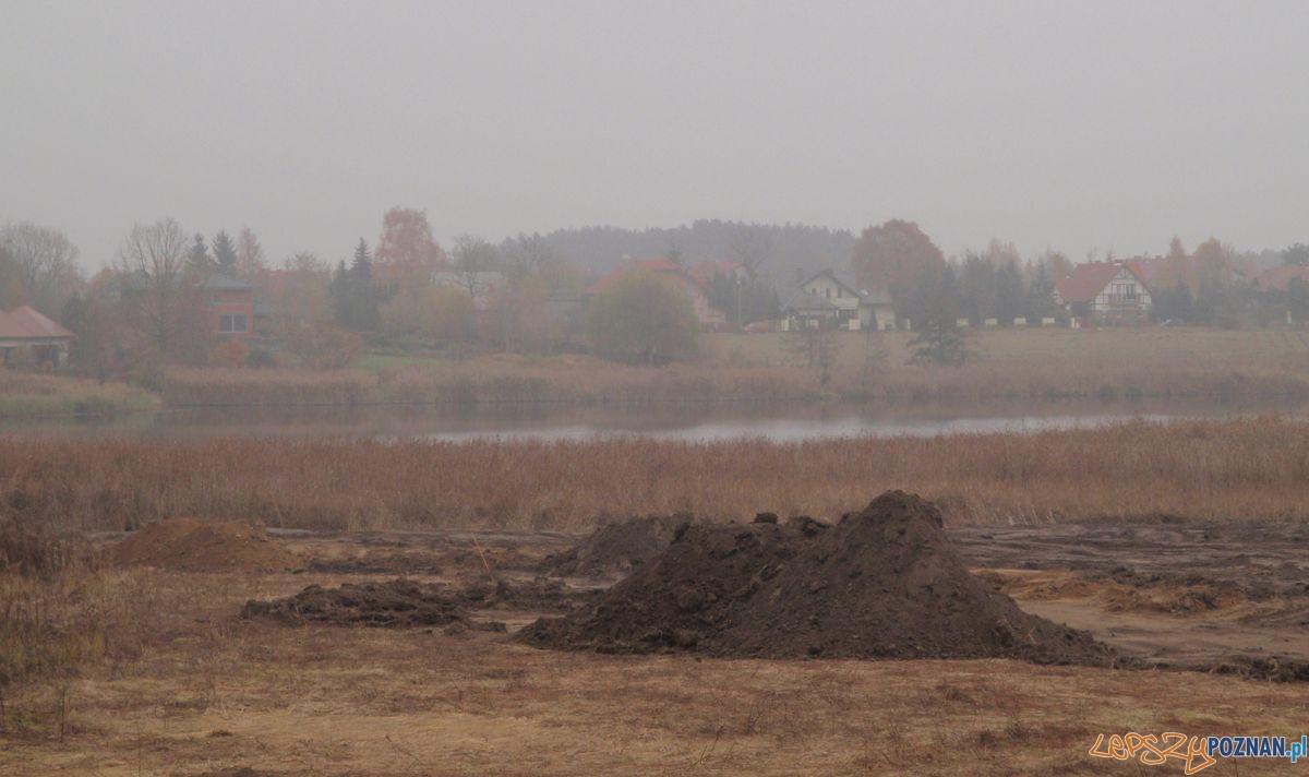 Składowisko ziemii nad Jeziorem Umultowskim  Foto: Straż Miejska