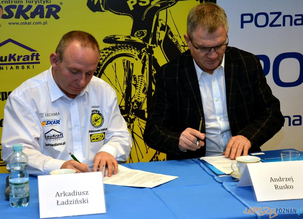 Podpisanie porozumienia pomiędzy POSiR-em oraz drużyną WTS Wrocław  Foto: UMP / poznan.pl