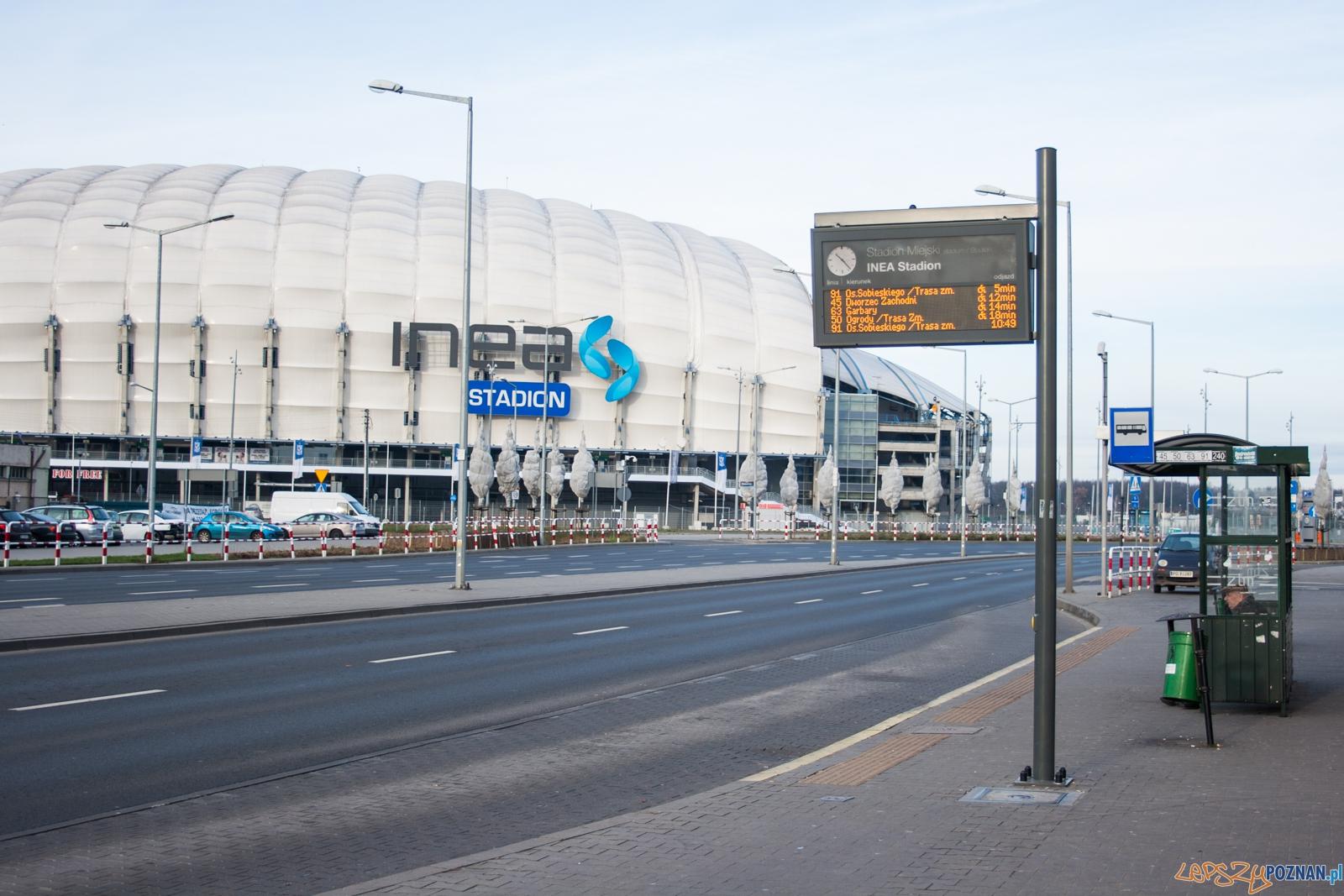 Przystanek autobusowy przy Inea Stadionie  Foto: © lepszyPOZNAN.pl / Karolina Kiraga