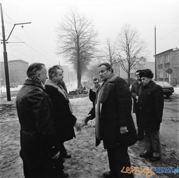 Władze partyjne Poznania na otwarciu trasy tramwajowe na Winiary - 8 lutego 1980  Foto: Marian Strenk / MPK