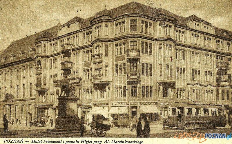 Hotel-Francuski - okres międzywojenny  Foto: