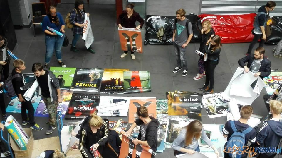 Wiosenne plakatowanie w Zamku  Foto: Nowe Kino Pałacowe/fb
