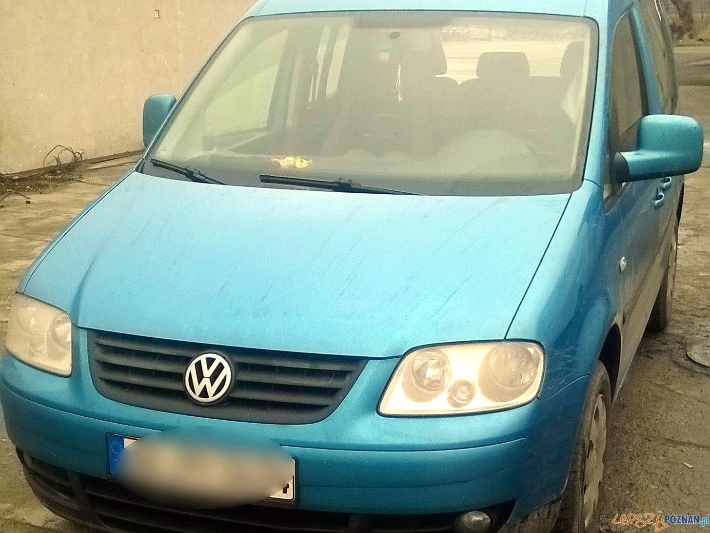 handlowali częściami ze skradzionych samochodów  Foto: KWP w Poznaniu