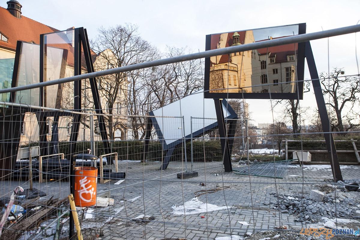 Lustra - instalacja autorstwa prof. Berdyszaka  Foto: Anna B. Gregorczyk / Rada Osiedla Stare Miasto