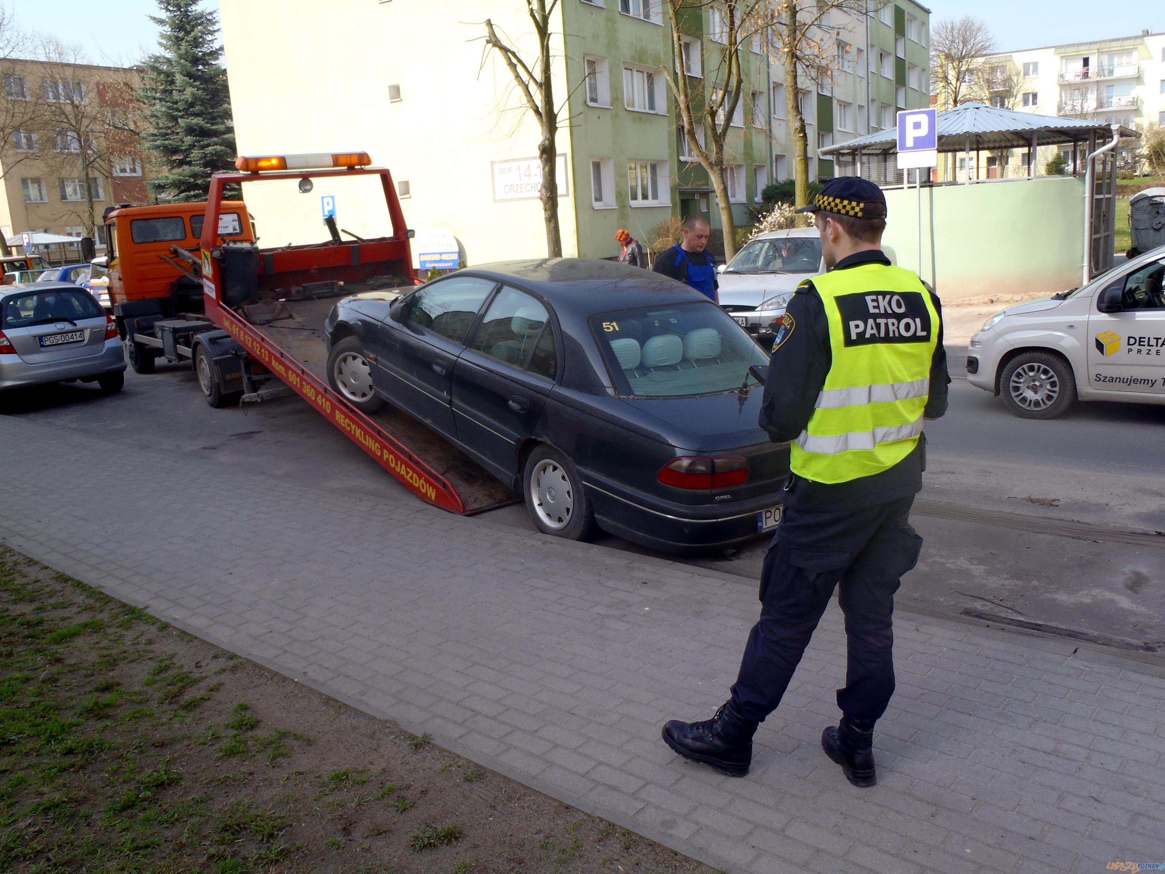 Wraki mają zniknąć z ulic i parkingów  Foto: Straż Miejska w Poznaniu