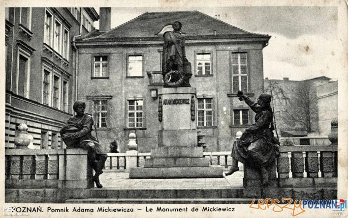 Pomnik Mickiewicza na Świętym Marcinie  Foto: fotopolska