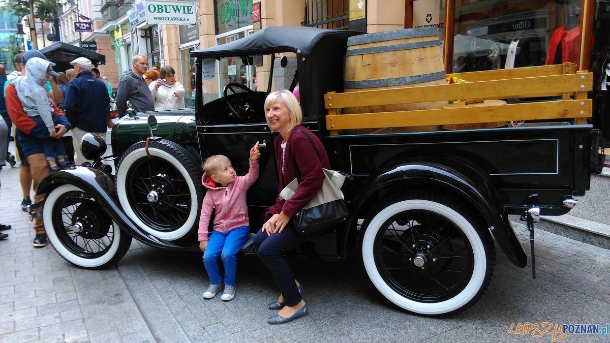 dni-starego-miasta-zabytkowe-samochody-na-wroclawskiej-fot-t-27  Foto:
