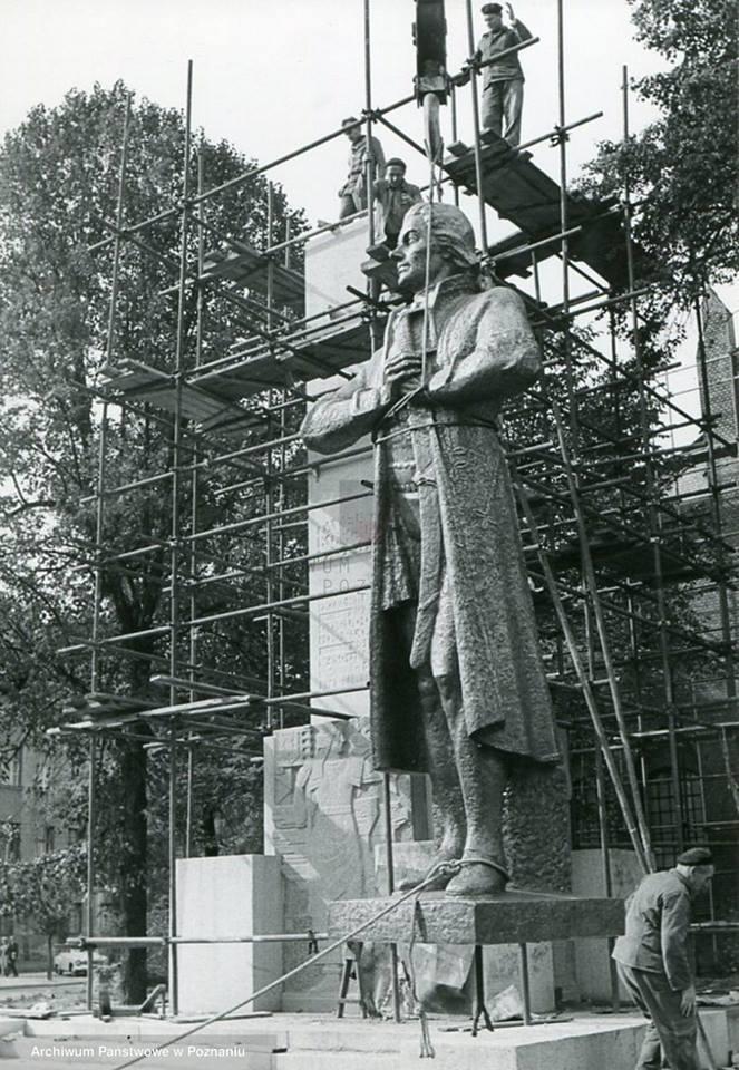 Montaz pomnika Kościuszki (1967)  Foto: Archiwum Państwowe w Poznaniu
