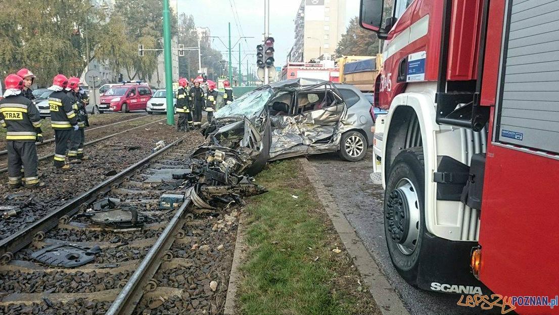 Poważny wypadek na Hetmańskiej  Foto: Spotted: MPK Poznań / Andrzej