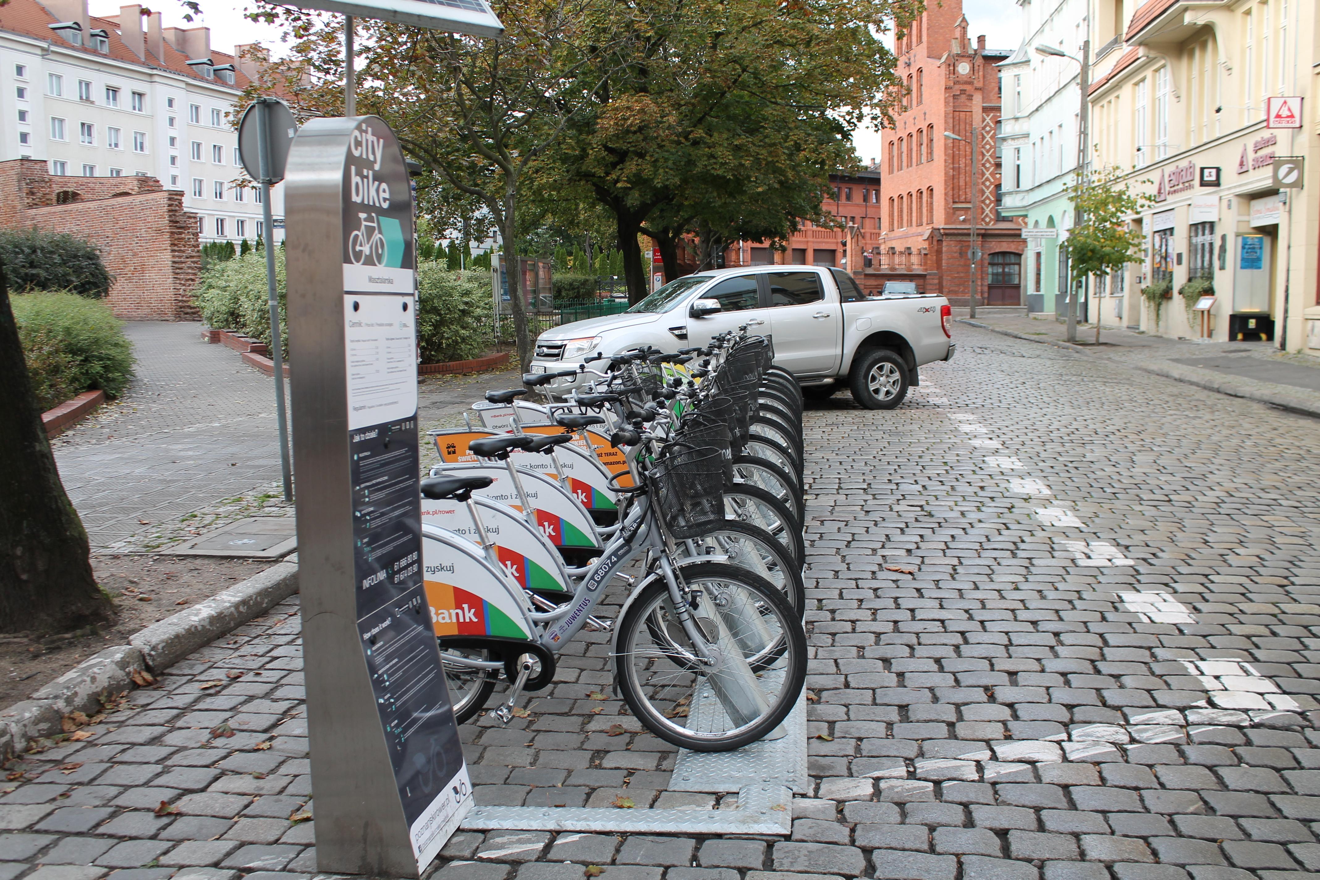 Rower miejski - stacja przy Masztalarskiej  Foto: Tomasz Dworek