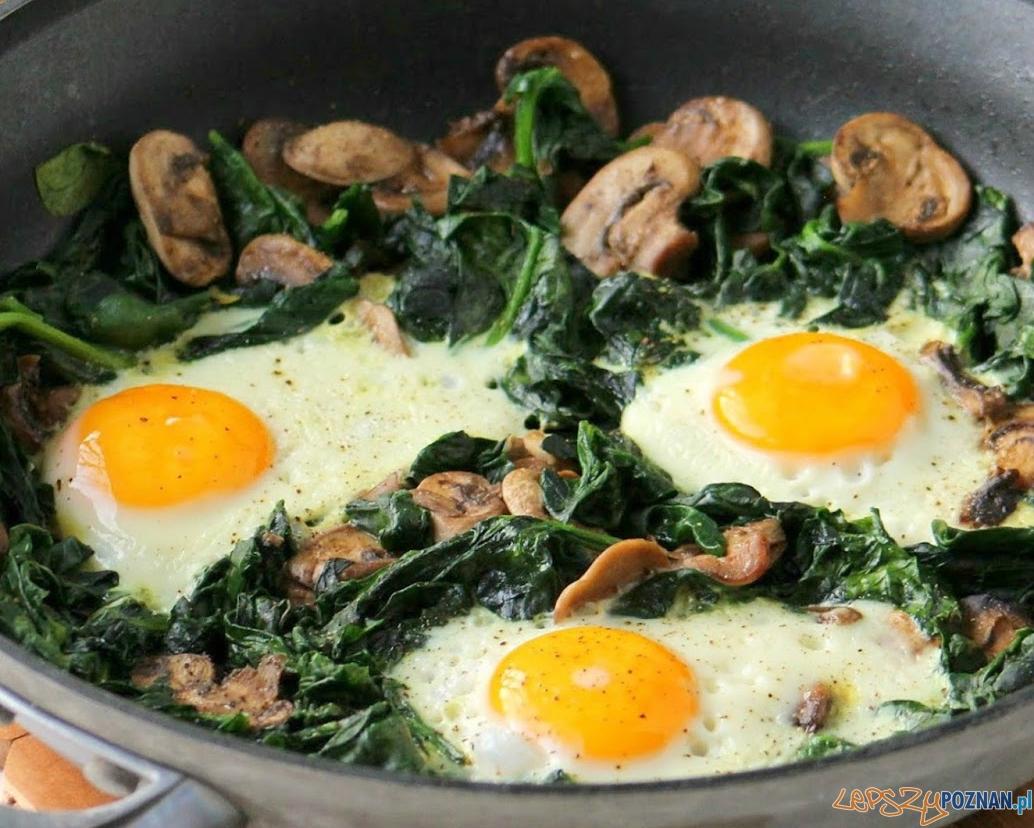 Jajecznica z żelaza  Foto: manilaspoon.com