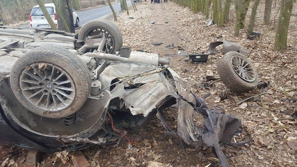 Wypadek na drodze do Sowińska  Foto: Heavy Rescue  SGRT OSP Mosina
