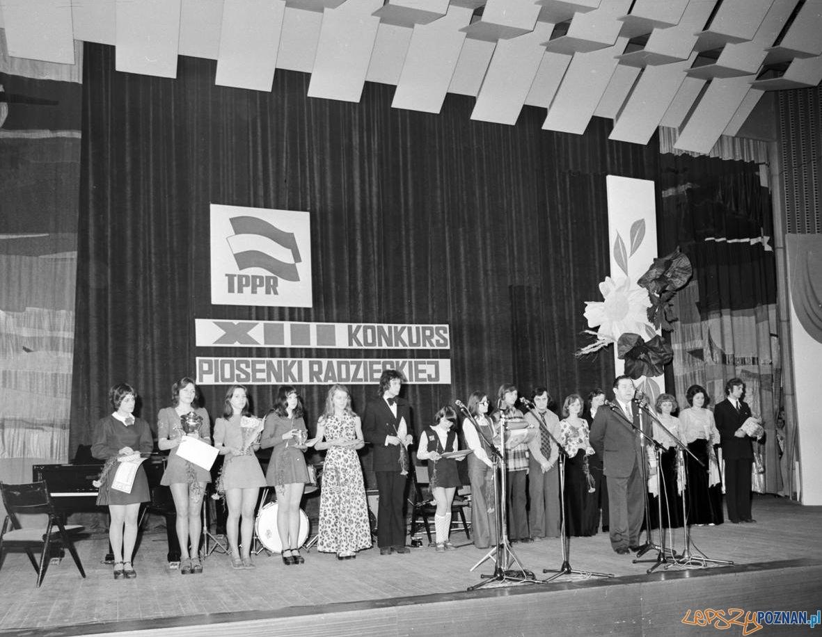 Konkurs Piosenki Radzieckiej - 3.04.1974 - Pałac Kultury - CK Zamek  Foto: Stanisław Wiktor / Cyryl