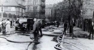 Mostowa 1958 - ćwiczenia straży pożarnej  Foto: fotopolska