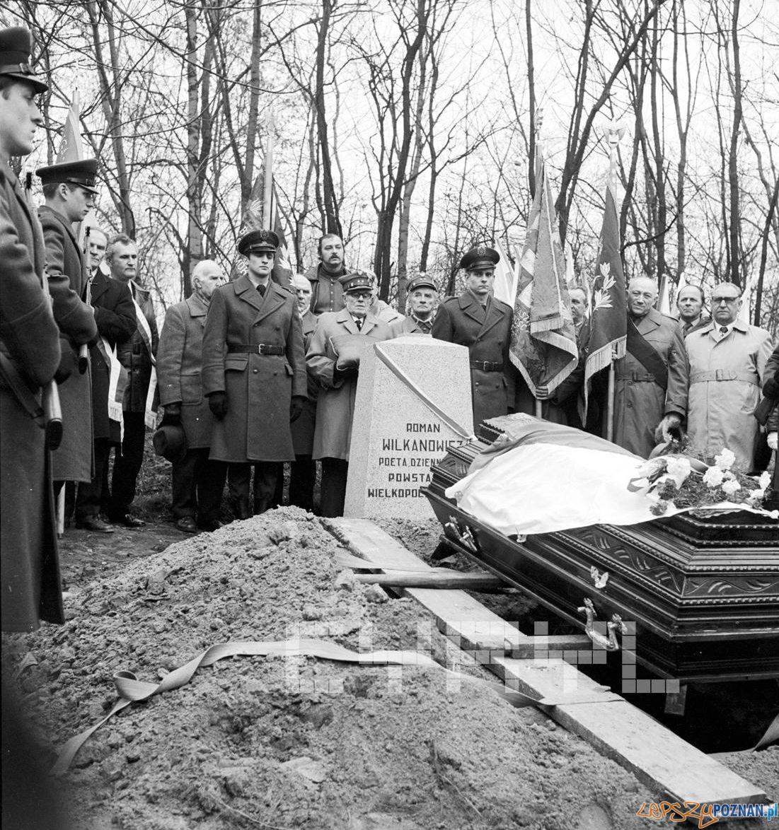 Honorowy pogrzeb Romana Wilkanowicza 25.11.1978  Foto: Stanisław Wiktor / Cyryl