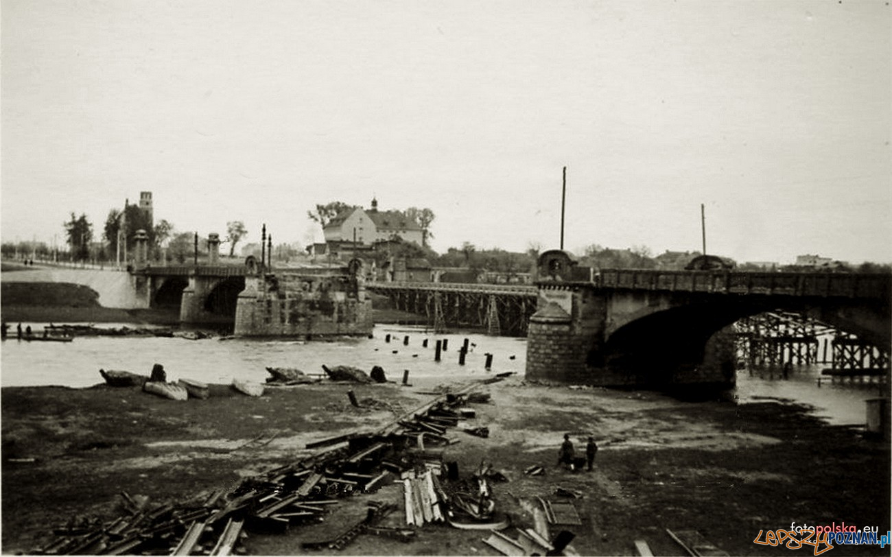 Most Rocha i prowizoryczna przeprawa  Foto: fotopolska