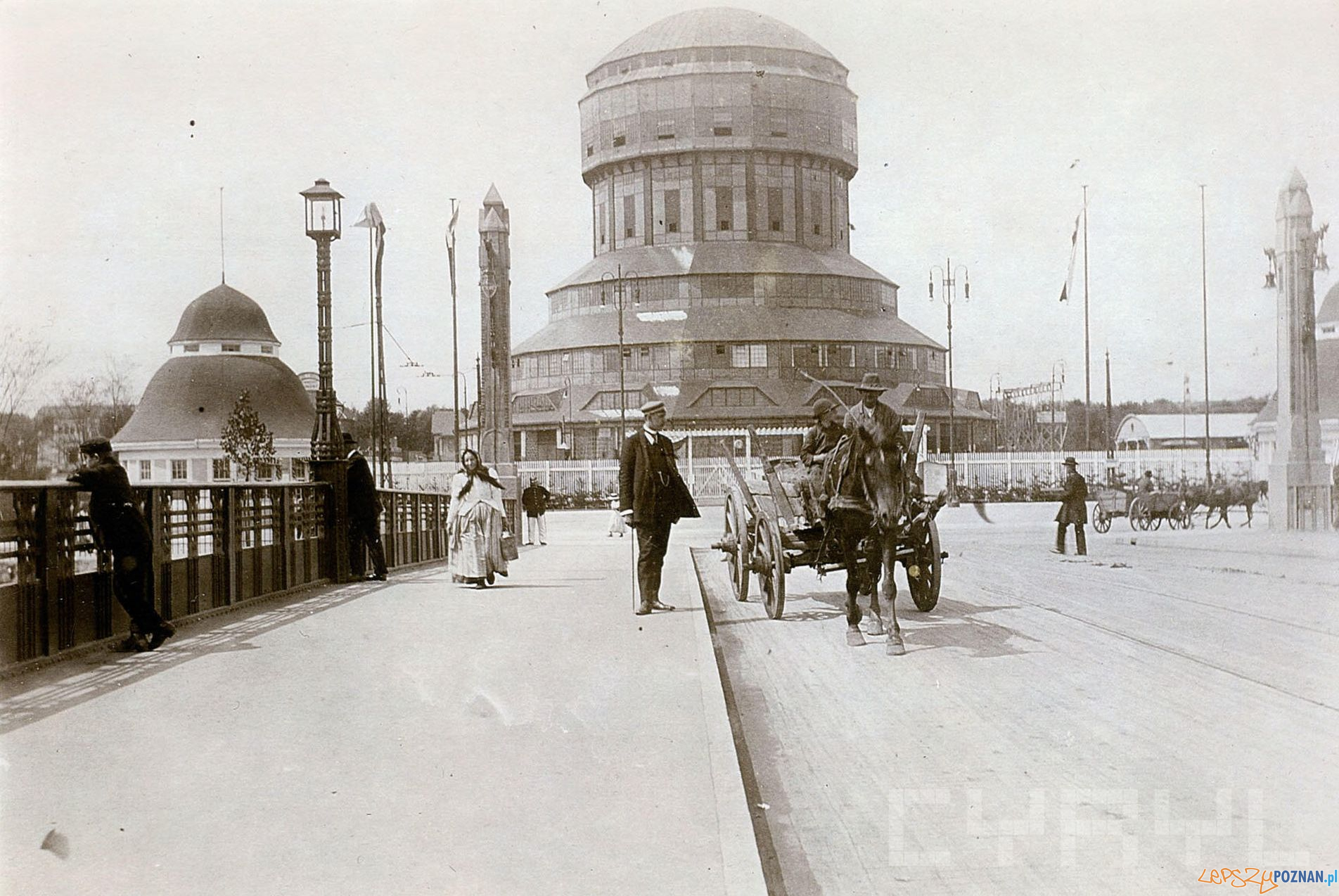 Targi wieża 1911  Foto: Joseph Latzel Ze zb. Brigitte i Everhardta Franßen CK Zamek - Cyryl