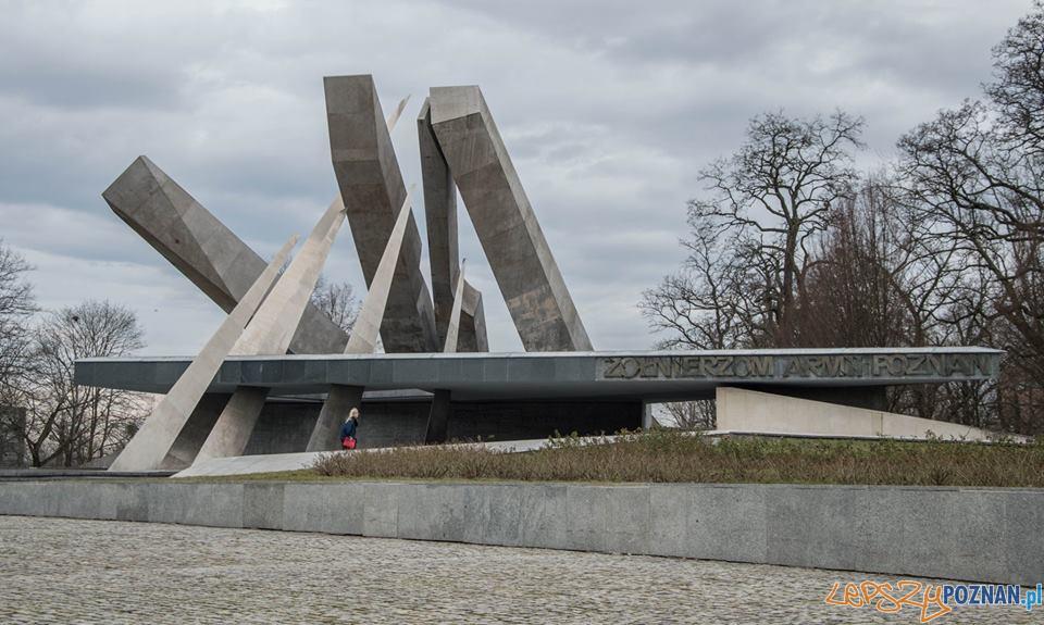 Anna Rodzinska, Pomnik Armii Poznań  Foto: materiały informacyjne UAP