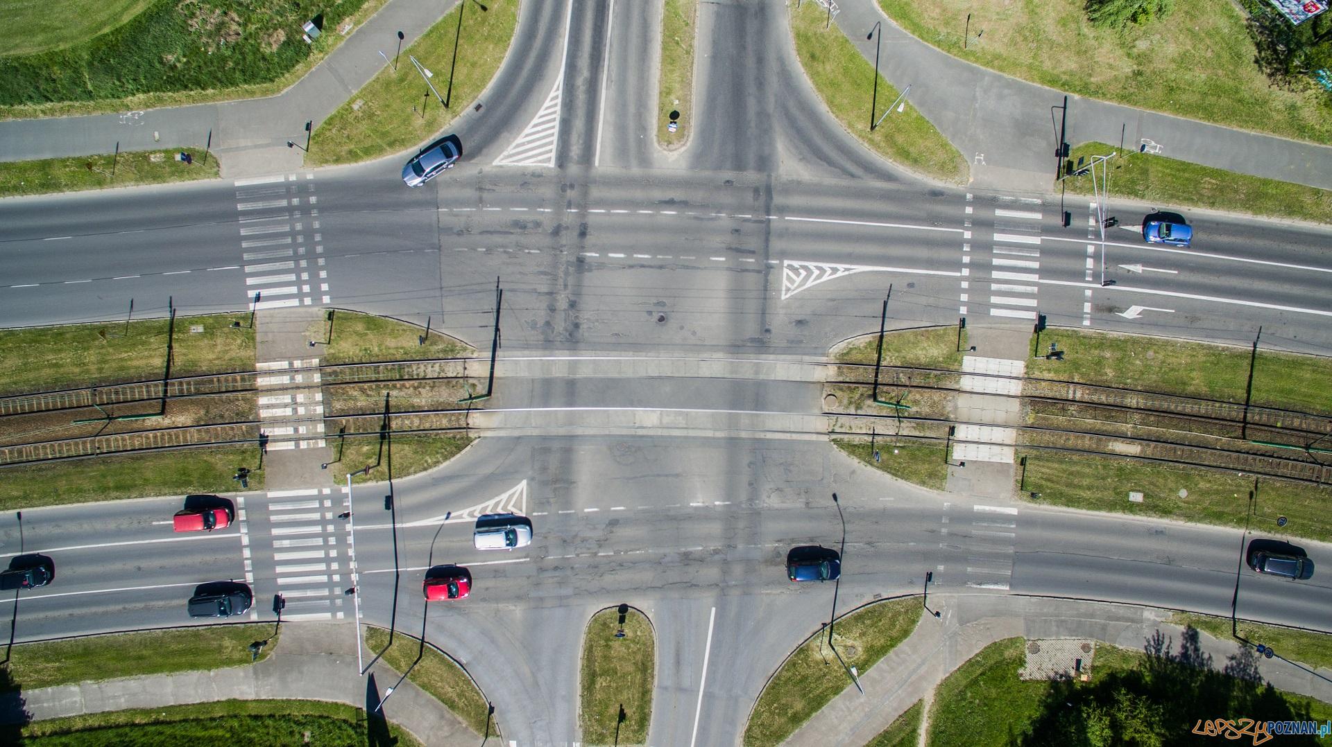 Skrzyżowanie ulic: Inflancka, Żegrze, Kurlandzka  Foto: materiały prasowe / PIM