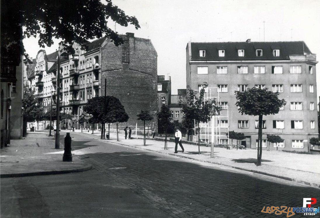Spadzista  - Różana 1969  Foto: Cz. Czub / fotopolska