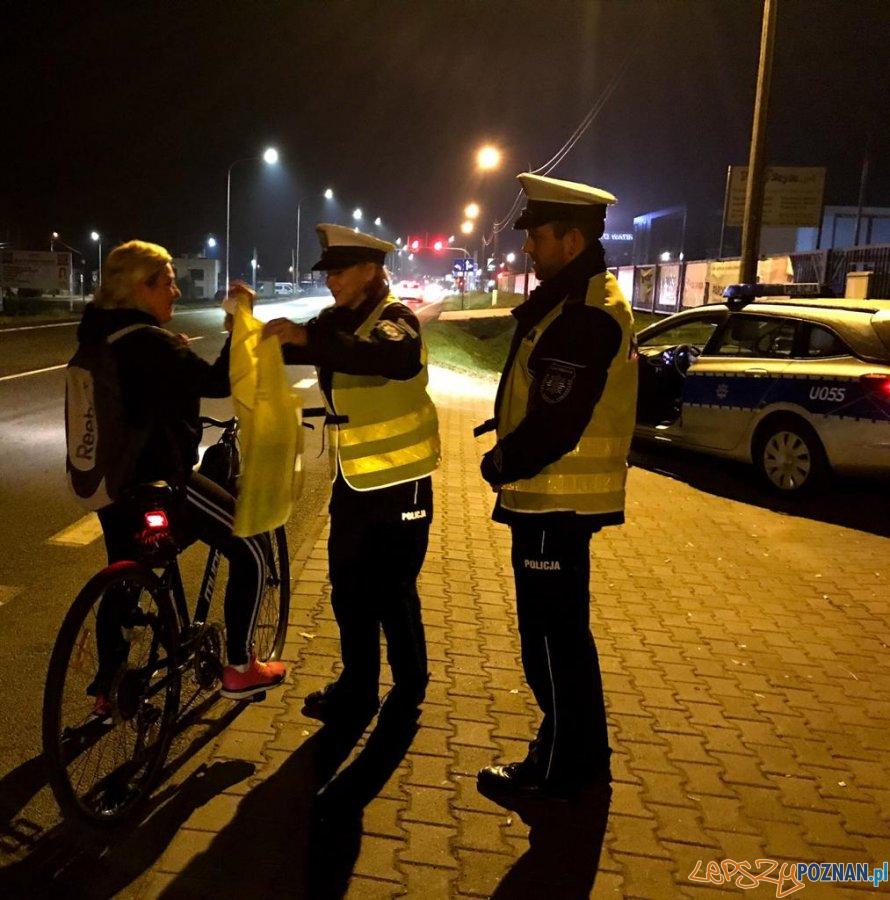 Bezpiecznie na drodze  Foto: materiały prasowe / KMP