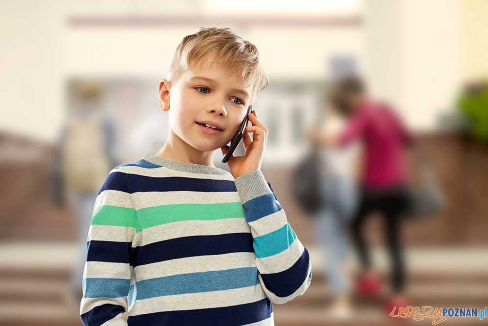 Czy dziecko zna numer alarmowy  Foto: materiały prasowe / lev dolgachov
